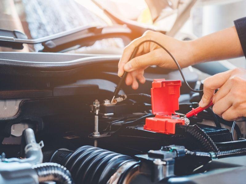 Batterie de voiture - contrôle, entretien et remplacement 17
